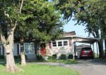 Foreclosed Home in Smithland 42081 215 RUDD ST - Property ID: 6318562