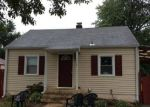 Foreclosed Home in Silver Spring 20906 12136 VEIRS MILL RD - Property ID: 6318603