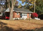 Foreclosed Home in Florissant 63031 305 MAPLE DR - Property ID: 6318752