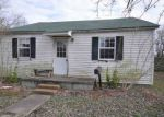 Foreclosed Home in Benton 42025 801 BIRCH ST - Property ID: 6318765