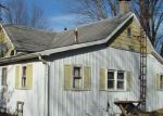 Foreclosed Home in Staunton 62088 2193 PARKSVILLE LN - Property ID: 6319447