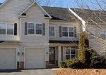 Foreclosed Home in Stephens City 22655 323 QUINTON OAKS CIR - Property ID: 6319969