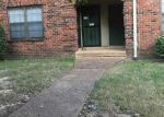 Foreclosed Home in Memphis 38115 3214 THIRTEEN COLONY MALL APT 2B - Property ID: 6320197