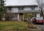 Foreclosed Home in Edison 8817 60 KAREN PL - Property ID: 6320300