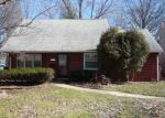 Foreclosed Home in Euclid 44117 25541 CHATWORTH DR - Property ID: 6320312