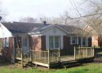 Foreclosed Home in Paris 38242 912 E BLYTHE ST - Property ID: 6320855