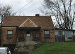 Foreclosed Home in Cincinnati 45227 3643 OLD RED BANK RD - Property ID: 6321035
