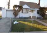 Foreclosed Home in Hempstead 11550 33 CLYDE AVE - Property ID: 6321113