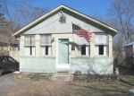 Foreclosed Home in Ronkonkoma 11779 1 JEAN CT - Property ID: 6321123