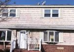 Foreclosed Home in Copiague 11726 115 MAPLE CT - Property ID: 6321132
