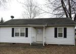 Foreclosed Home in Shelbina 63468 115 W MILL ST - Property ID: 6321390