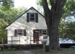 Foreclosed Home in Edwardsville 62025 929 W HIGH ST - Property ID: 6321575