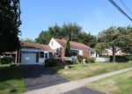 Foreclosed Home in Stratford 6614 35 OCEANVIEW TER - Property ID: 6321974