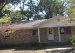 Foreclosed Home in Lonoke 72086 421 E 2ND ST - Property ID: 1251557