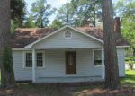 Foreclosed Home in Whiteville 28472 100 S THOMPSON ST - Property ID: 1316228