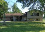 Foreclosed Home in Patoka 62875 507 W JEFFERSON AVE - Property ID: 1316633