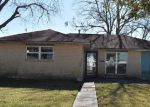 Foreclosed Home in Marrero 70072 2949 MOUNT KENNEDY DR - Property ID: 1344219