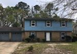Foreclosed Home in Gautier 39553 2501 NORTHRIDGE DR - Property ID: 1948996