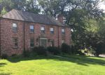 Foreclosed Home in Arlington 22207 3400 N ALBEMARLE ST - Property ID: 2631809