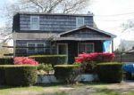 Foreclosed Home in Shirley 11967 120 TRAFALGAR DR - Property ID: 2810859