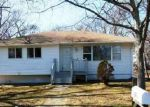 Foreclosed Home in Mastic Beach 11951 120 WOODCUT DR - Property ID: 3018375