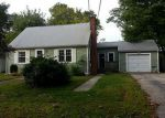 Foreclosed Home in Warwick 2889 37 NINIGRET ST - Property ID: 3434450