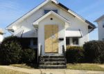 Foreclosed Home in Waukegan 60085 615 N BUTRICK ST - Property ID: 3507554