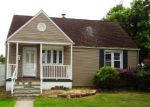 Foreclosed Home in Penns Grove 8069 418 MANOR AVE - Property ID: 3517626