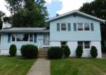 Foreclosed Home in Succasunna 7876 15 E MAPLE AVE - Property ID: 3583207