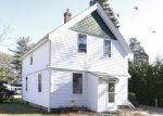 Foreclosed Home in North Kingstown 2852 527 DAVISVILLE RD - Property ID: 3633053