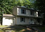 Foreclosed Home in East Stroudsburg 18301 3278 GREENBRIAR DR - Property ID: 3654964