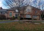 Foreclosed Home in Northville 48168 18401 FOX HOLLOW CT - Property ID: 3692345