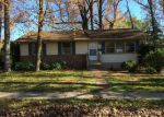 Foreclosed Home in Lindenwold 8021 19 W LINDEN AVE - Property ID: 3739040