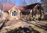 Foreclosed Home in Smithfield 23430 300 DEER SPRING LN - Property ID: 3823483