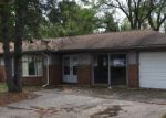 Foreclosed Home in Waterford 48327 249 S WILLIAMS LAKE RD - Property ID: 3854126