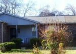 Foreclosed Home in Madison 37115 1412 E CEDAR LN - Property ID: 3854883