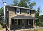 Foreclosed Home in Nazareth 18064 500 HALL RD - Property ID: 3860595
