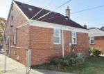 Foreclosed Home in Allen Park 48101 15658 EUCLID AVE - Property ID: 3866573