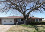 Foreclosed Home in Desoto 75115 135 S PARKS DR - Property ID: 3879549