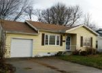 Foreclosed Home in Moberly 65270 919 E LOGAN ST - Property ID: 3895671