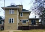 Foreclosed Home in Oak Park 60302 719 N ELMWOOD AVE - Property ID: 3919830