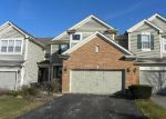 Foreclosed Home in Gurnee 60031 619 CREEKSIDE CIR - Property ID: 3919845