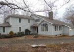 Foreclosed Home in Woodbury 6798 19 OWL RIDGE RD - Property ID: 3919987