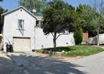 Foreclosed Home in Pasadena 91104 265 PLYMOUTH DR - Property ID: 3941129