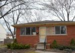 Foreclosed Home in Saint Clair Shores 48082 23436 DEZIEL ST - Property ID: 3941304