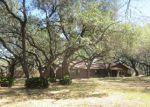 Foreclosed Home in Pleasanton 78064 102 CRESTLINE DR - Property ID: 3941585