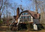 Foreclosed Home in Palmyra 22963 45 DOGLEG RD - Property ID: 3948569