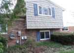 Foreclosed Home in Canton 48187 43205 CREEKVIEW DR - Property ID: 3959807