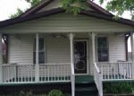 Foreclosed Home in Saint Albans 25177 110 MARYLAND AVE N - Property ID: 3961188