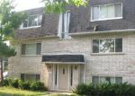 Foreclosed Home in Des Plaines 60016 10012 HOLLY LN APT GW - Property ID: 3964772